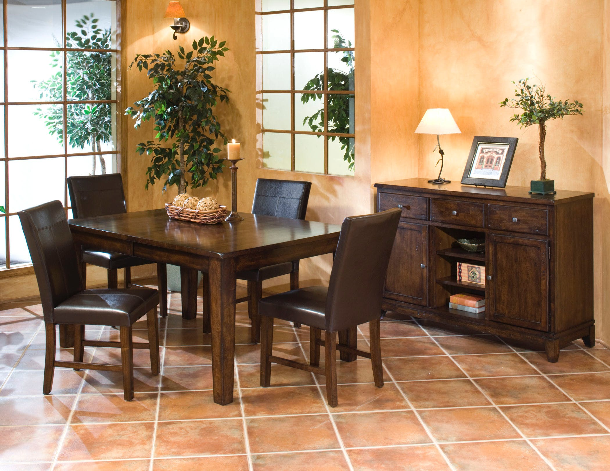 Kona Butterfly Leaf Dining Table – intercon furniture
